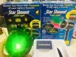 Đèn trang trí laser rực rỡ đêm Giáng Sinh