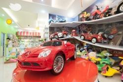 Mua đồ chơi trẻ em giúp trẻ thông minh