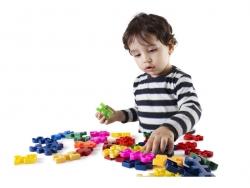 Đồ chơi phát triển về xã hội và cảm xúc