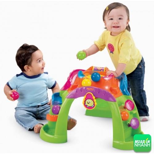 Chọn đồ chơi phù hợp với khả năng của bé và an toàn